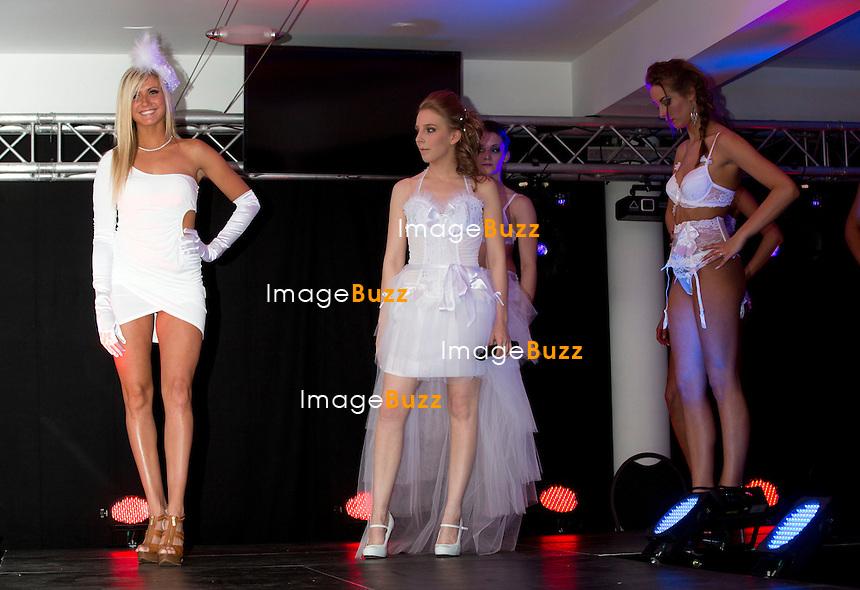 Miss Belgique 2013, Noémie Happart défile en lingerie..Elle était l'invitée de la marque Libidoux, spécialisée en lingerie sexy et accessoires sensuels, qui l'a conviée pour participer à son défilé à Gozée, au Prestige..25 mai 2013.