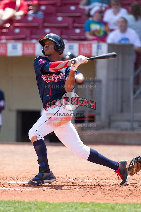Cedar Rapids Kernels outfielder Byron Buxton #7 hits a home run during a game against the Lansing Lugnuts at Veterans Memorial Stadium on April 30, 2013 in Cedar Rapids, Iowa. (Brace Hemmelgarn/Four Seam Images)