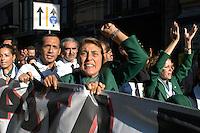 Roma 15 Settembre 2008.Manifestazione dei piloti,hostess e lavarotori dell'Alitalia contro la vendita della società .Air hostesses, pilots and employees of Italy's flag carrier Alitalia march during a demonstration .