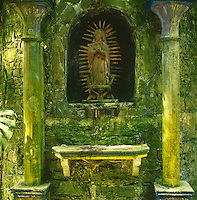 Built mainly in the 1960s and 1970s Las Pozas is filled with a partly religious symbolism