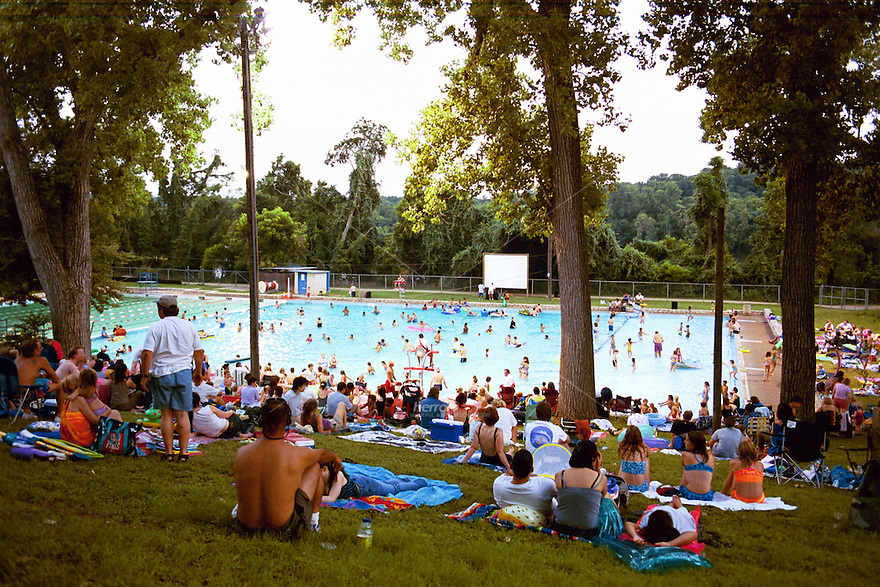 Deep Eddy Pool Is A Historic Man Made Swimming Pool In Austin Texas Deep Eddy Is The Oldest
