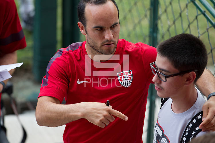 Sao Paulo, Brazil - Friday, January 17, 2014: <br /> U.S. Men's National Team training at the FIFA World Cup preparation camp in Sao Paulo.