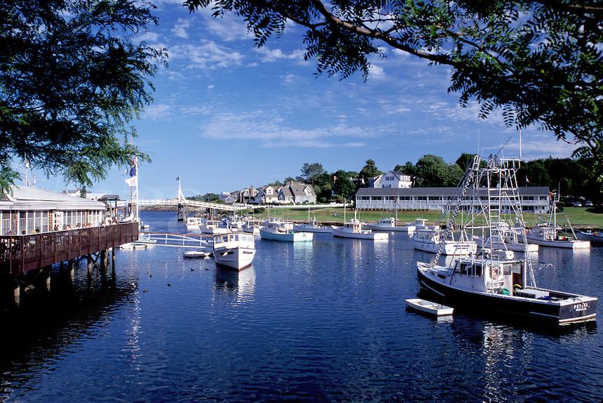 Perkins Cove, fishing boats, Ogunquit, Maine, ME, Fishing boats in the harbor of the scenic fishing village of Perkins Cove on the Atlantic Ocean.