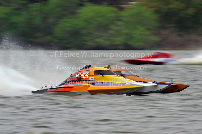"Doug Martin,S-33 ""Sunday Money"" and Howie Schnabolk, S-80 ""On The Edge"" (2.5 Litre Stock hydroplane(s)"