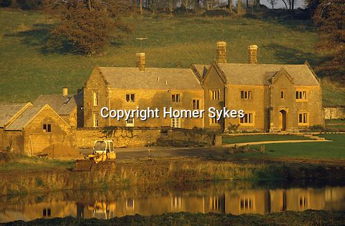 Great Tew Oxfordshire 1980s. Cottenham Farm.