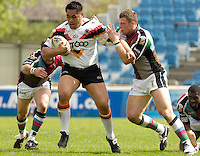 Twickenham, ENGLAND,  Bulls, Joe Vagana, breaking through in the   'Engage Super league'  between Harlequins RL vs Bradford Bulls, at the Stoop, 13.05.2006. © Peter Spurrier/Intersport-images.com,  / Mobile +44 [0] 7973 819 551 / email images@intersport-images.com.