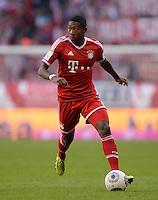 Fussball  1. Bundesliga  Saison 2013/2014  9. Spieltag FC Bayern Muenchen - 1. FSV Mainz     19.10.2013 David Alaba (FC Bayern Muenchen) am Ball