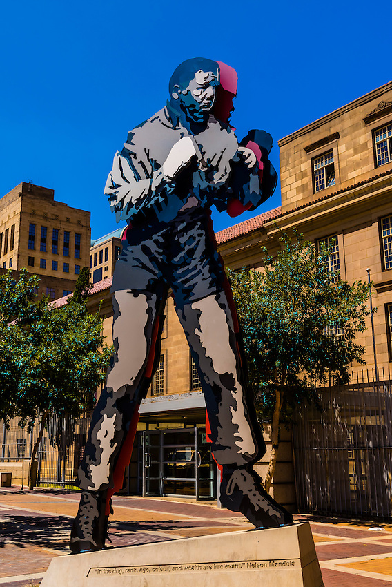 Public art: Nelson Mandela boxing, Magistrate Court in background, Johannesburg, South Africa.