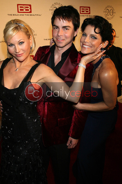 Schae Harrison with Mick Cain and Lesli Kay<br />