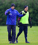 Paul Le Guen and Jeremy Clement at training