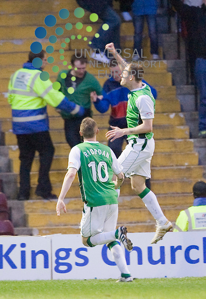 Anthony Stokes scores fro Hib's and celebrates with Derek Riordan during The Clydesdale Bank Premier League match between Motherwell and Hibernian at Fir Park 05/05/10..Picture by Ricky Rae/universal News & Sport (Scotland).