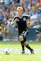 San Jose midfielder Brad Ring (5) in action... Sporting Kansas City defeated San Jose Earthquakes 2-1 at LIVESTRONG Sporting Park, Kansas City, Kansas.