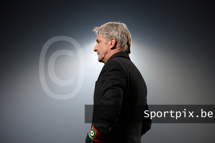 20161217 - ROESELARE , BELGIUM : Cercle's head coach Jose Riga pictured during the Proximus League match of D1B between Roeselare and Cercle Brugge, in Roeselare, on Saturday 17 December 2016, on the day 20 of the Belgian soccer championship, division 1B. . SPORTPIX.BE | DAVID CATRY