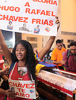Hugo Chavez coffin, last goodbye from his supporters - Venezuela