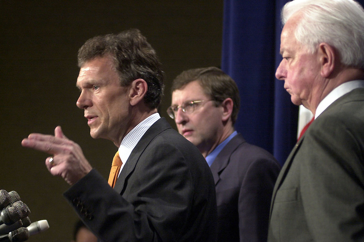 1dems050301-- Sens. Tom Daschle, D-SD, Kent Conrad, D-ND, and Robert Byrd, D-WV, appear at the Senate Studio to talk about Bush's budget.