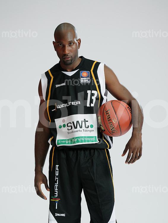 1. Basketball Bundesliga 2011/2012  21.08.2010 Walter Tigers Tuebingen   Louis Campbell (Tigers)
