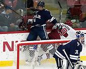 Billy Sweezey (Yale - 6), Jake Horton (Harvard - 19) - The Harvard University Crimson tied the visiting Yale University Bulldogs 1-1 on Saturday, January 21, 2017, at the Bright-Landry Hockey Center in Boston, Massachusetts.