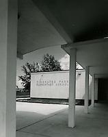 1964  July  21..Tidewater Park Elementary School         ..Fred J. Habit.NEG# 64-746-1.3539..