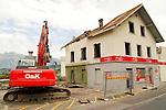 Abbruch des Denner in Nendeln, Ospelt..©Paul Trummer, Mauren / FL.www.travel-lightart.com..