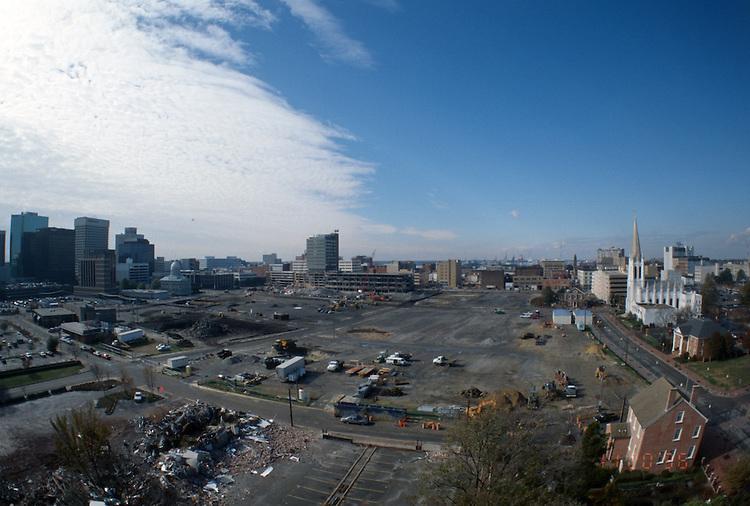 1996 November 20..Redevelopment..Macarthur Center.Downtown North (R-8)..LOOKING WEST.SUPERWIDE...NEG#.NRHA#..