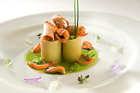 Italia; Campania; Ravello. Villa Cimbrone, chef Luig i Tramontano, mezzi paccheri di Gragnano con fave, cozze e bottarga.