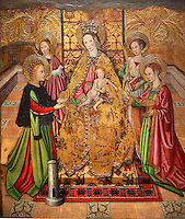 Gothic Altarpiece of Madonna and Child and the Saints  by Jaume Huguet of  Bardalona, circa 1455-1460, tempera and gold leaf on for wood from Santa Maria del Pi, Barcelona.  National Museum of Catalan Art, Barcelona, Spain, inv no: MNAC  37761-2-3-4-5.