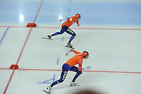 SPEED SKATING: HAMAR: Vikingskipet, 05-03-2017, ISU World Championship Allround, 10.000m Men, start, Sven Kramer (NED), Patrick Roest (NED), ©photo Martin de Jong