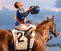 HALLANDALE BEACH, FL - MARCH 04: GUNNEVERA #2, ridden by Javier Castellano, wins the $400,000 Xpressbet Fountain of Youth at Gulfstream Park Race Course on March 4, 2017 in Hallandale Beach, Florida. (Photo by Samantha Bussanich/Eclipse Sportswire/Getty Images)