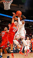 Ohio State's Raven Ferguson (31) scores while guarded by Illinois Ivory Crawford (22) in the first half of their game against the Illinois Fighting Illini at the Value City Arena in Columbus, Ohio on January 30, 2014. (Columbus Dispatch photo by Brooke LaValley)