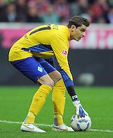 FUSSBALL   1. BUNDESLIGA  SAISON 2011/2012   15. Spieltag FC Bayern Muenchen - SV Werder Bremen        03.12.2011 Torwart Sebastian Mielitz (SV Werder Bremen)