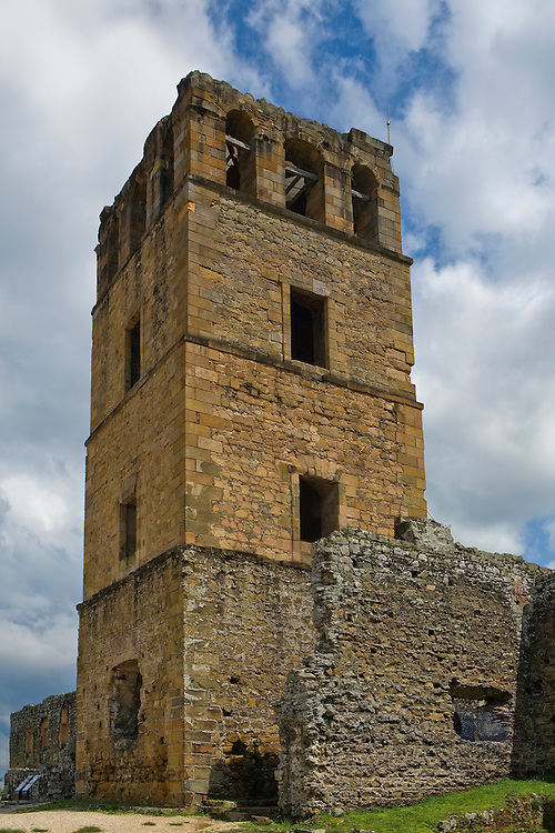 Ruins of the Old Panama City (Panama Vieja) destroyed by Sir Henry Morgan in 1671, Panama City, Panama,