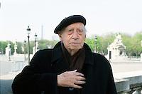 2002, Marzo, Paris, Mario Luzi, au Salon du Livre de Paris, nato a Firenze il 20 Ottobre 1914; un grande Poeta e scrittore italiano;  © Leonardo Cendamo