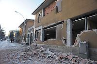 Roma 10 Aprile 2009.L'Aquila Abruzzo.Edifici danneggiati dalle scossa di terremoto in via XX Settembre.Buildings damaged by earthquake.