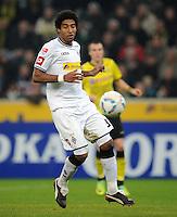 FUSSBALL   1. BUNDESLIGA   SAISON 2011/2012    15. SPIELTAG Borussia Moenchengladbach - Borussia Dortmund        03.12.2011 Dante Bonfim (Borussia Moenchengladbach) Einzelaktion am Ball