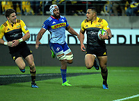Ngani Laumape scores his second try during the Super Rugby match between the Hurricanes and Stormers at Westpac Stadium in Wellington, New Zealand on Friday, 5 May 2017. Photo: Dave Lintott / lintottphoto.co.nz