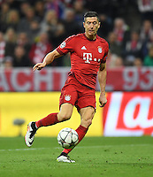 FUSSBALL CHAMPIONS LEAGUE  SAISON 2015/2016 VIERTELFINALE HINSPIEL FC Bayern Muenchen - Benfica Lissabon         05.04.2016 Robert Lewandowski (FC Bayern Muenchen)