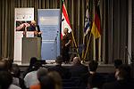 28.1.2013, Berlin, Jüdisches Gemeindehaus. Spendenveranstaltung der Initiative 27.Januar. Jacob Snir und Tova Adler (v.l.).