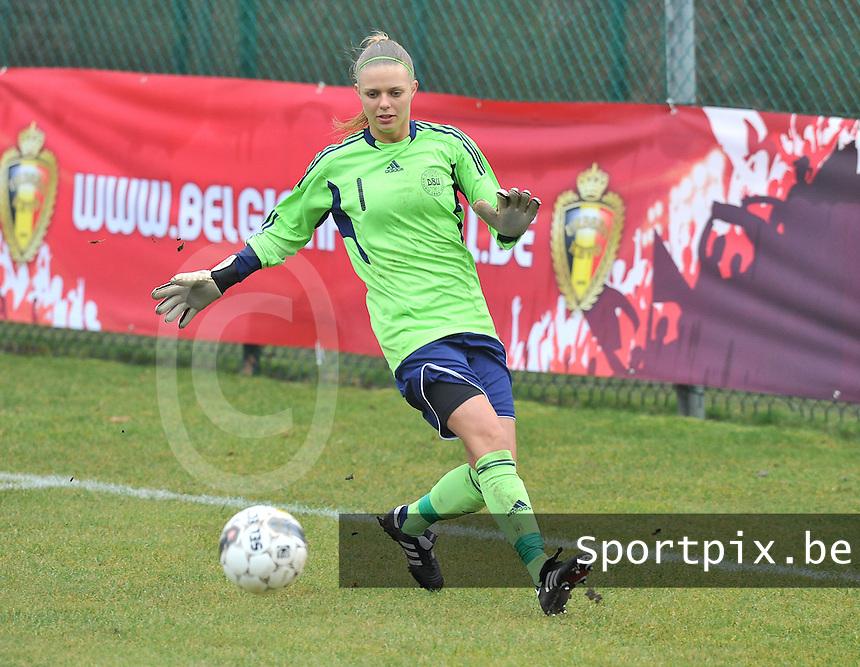 Denmark U17 - Germany U17 : Naja Bahrenscheer (GK).foto Joke Vuylsteke / Vrouwenteam.be