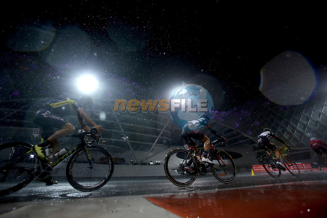 Rain falls during Stage 4 Yas Island Stage of the 2017 Abu Dhabi Tour, 143km with 26 laps of 5.5km of the Yas Marina Circuit, Abu Dhabi. 26th February 2017<br /> Picture: ANSA/Matteo Bazzi | Newsfile<br /> <br /> <br /> All photos usage must carry mandatory copyright credit (&copy; Newsfile | ANSA)