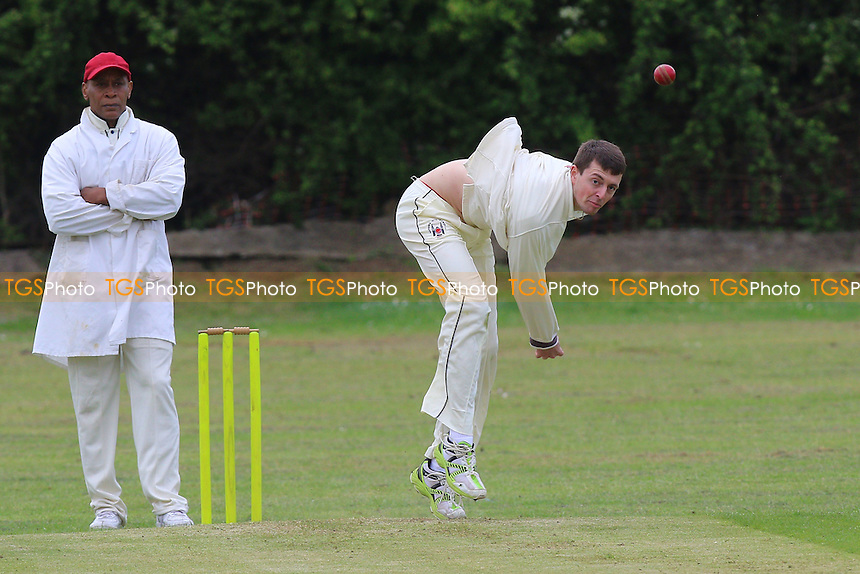 M Roe in bowling action for Havering during Noak Hill Taverners CC vs Havering-atte-Bower CC, T Rippon Mid Essex Cricket League Cricket at Church Road on 14th May 2016