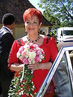 mariage de fabienne THIBAULT avec Christian Montagnac &agrave; castelnaud la chapelle le 22 ao&ucirc;t 2015, parc des Milandes ancienne propri&eacute;t&eacute; de Jos&eacute;phine Baker <br /> <br /> <br /> <br /> pas de credit;--merci<br /> <br /> <br /> <br /> -----------<br /> &copy;  DANISKA/DALLE