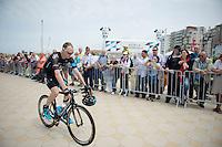 Chris Froome (GBR/SKY) to the start<br /> <br /> 2014 Tour de France<br /> stage 4: Le Touquet-Paris-Plage/Lille M&eacute;tropole (163km)