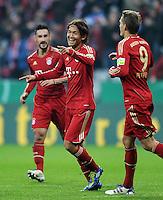 Fussball DFB Pokal:  Saison   2011/2012  2. Runde  26.10.2011 FC Bayern Muenchen - FC Ingolstadt 04 JUBEL nach dem Tor , Takashi Usami, Nils Petersen (v. li., FC Bayern Muenchen)