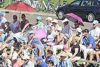 KAATSEN: WEIDUM: 23-08-2016, Kaatsen Dames PC, publiek in de hitte op de tribune, ©foto Martin de Jong