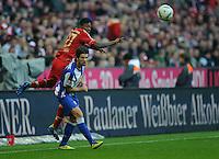 Fussball Bundesliga Saison 2011/2012 9. Spieltag FC Bayern Muenchen - Hertha BSC Berlin V.l.: David ALABA (FCB), Lewan KOBIASCHWILI (Hertha BSC).