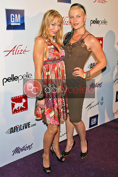 Lorielle New and friend<br />at Celebrity Catwalk for Charity. The Highlands Nightclub, Hollywood, CA. 08-16-07<br />Dave Edwards/DailyCeleb.com 818-249-4998