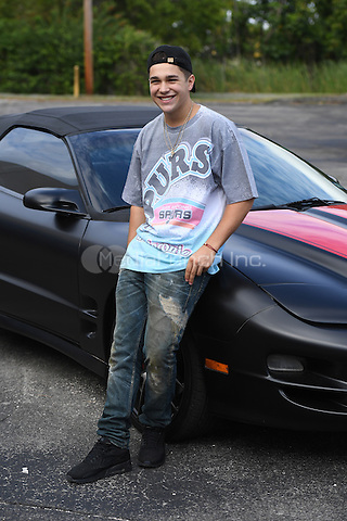FORT LAUDERDALE, FL - DECEMBER 05: Austin Mahone visits Radio Station Y-100 on December 5, 2016 in Fort Lauderdale, Florida. Credit: mpi04/MediaPunch