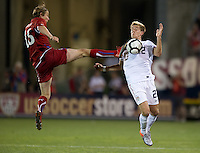 USA's Stuart Holden (22) traps the ball in front of theCzech Republic's Martin Fenin (15) during an international friendly tune up match for the 2012 World Cup, in Hartford, CT, 05/25/10. The Czech Republic defeated the USA 4-2.