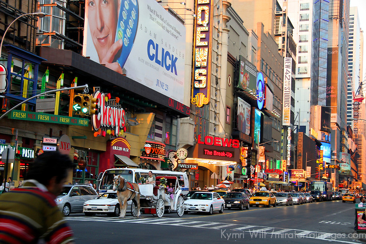 USA, New York, New York City.  Street scene in Manhattan.
