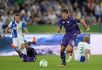 FUSSBALL   INTERNATIONAL   UEFA EUROPA LEAGUE   SAISON 2013/2014    Qualifikation Grasshopper Club Zuerich - AC Florenz      22.08.2013 Mario Gomez (AC Florenz) am Ball